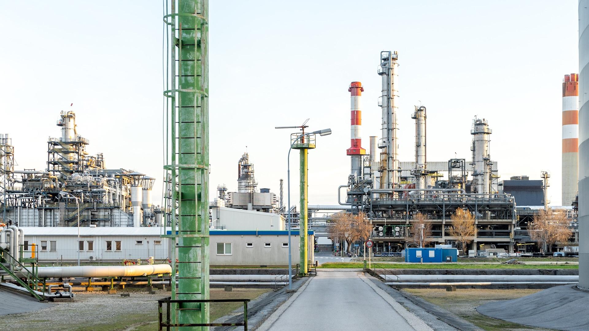 Modern oil refinery
